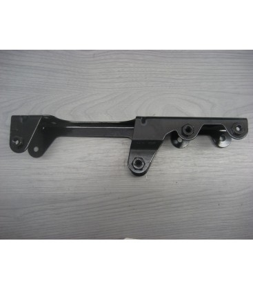 500333124 the right of the radiator bracket IVECO daily