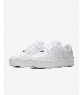 Nike Air Force 1 Sage Low Kadın Beyaz Spor Ayakkabı AR5339 - 100
