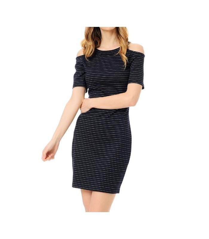Koton İndirimli Bayan Jean Modelleri Bir Cevap Yazın Koton indirimli bayan jean modelleri nde sezonunun en yeni trend detaylarının kullanıldığını specialtysports.gaçbir zaman modası geçmeyen zamansız parçalardan olan jean kıyafetler,pantolon,ceket,gömlek,şort,etek,elbise gibi farklı .