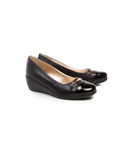 Derimod Siyah Kadın Dolgu Topuklu Ayakkabı 17SFE191914